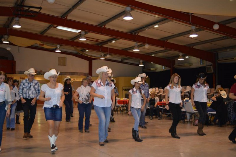 SOIREES COUNTRY DIVERSES